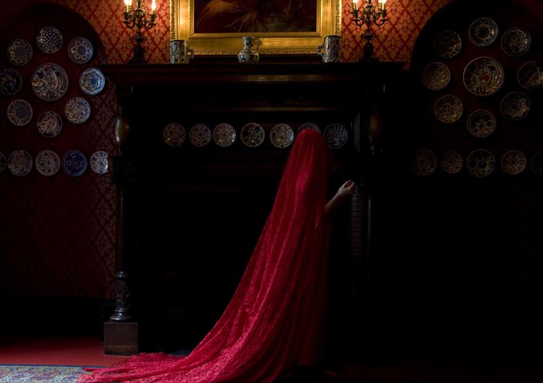 Guler Ates, Garment of Desire, 2010